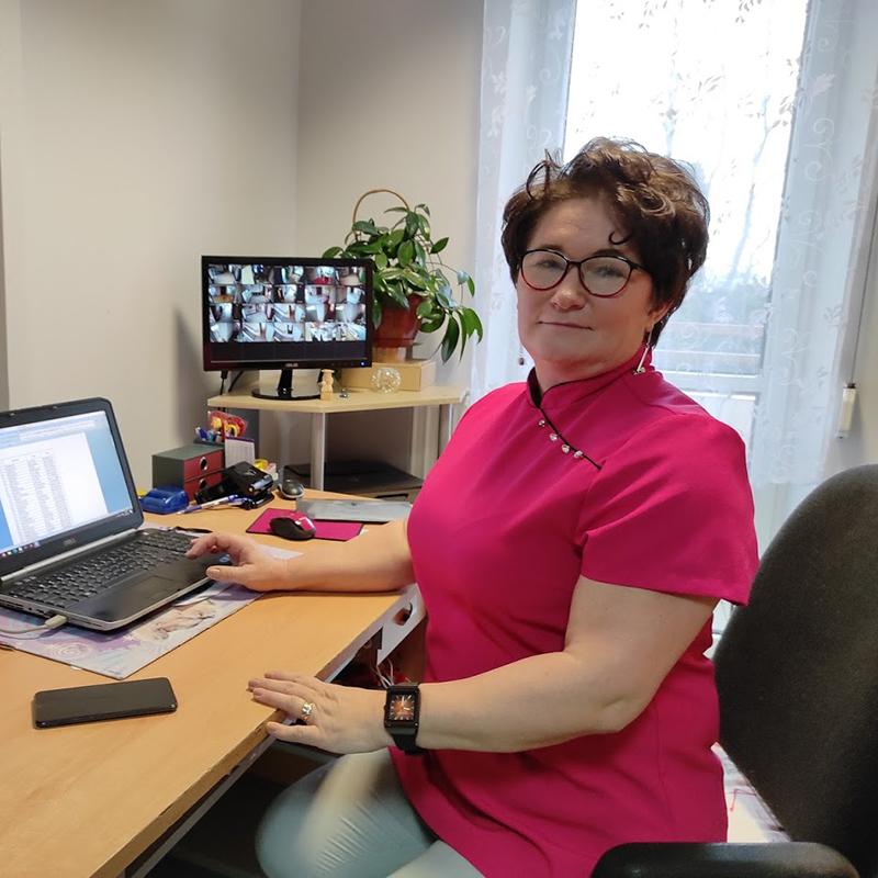 Kierownik  Działu Opiekuńczo – Wspomagającego: Anna Kuczyńska
